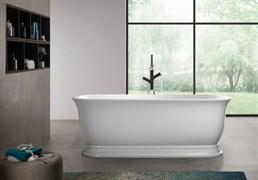 BELBAGNO BB400 Ванна акриловая отельностоящая овальная в комплекте со сливом-переливом цвета хром