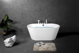 BELBAGNO BB200 Ванна акриловая отельностоящая овальная в комплекте со сливом-переливом цвета хром